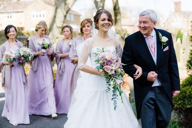 13-emotional-wedding-photos-guaranteed-to-make-your-mum-cry-You-Walking-Down-the-Aisle-shoot-lifestyle.co.uk