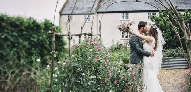 13-top-secret-wedding-venues-revealed-helen-lisk-featured