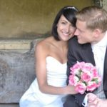 9-things-couples-forget-when-booking-a-wedding-photographer-couple-pink-bouquet-featured