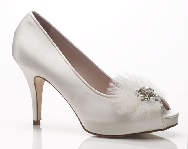 bridal-shoe-sale