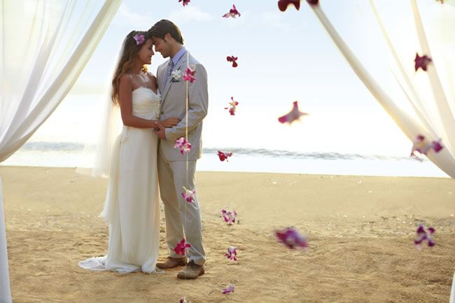 Couples Resorts, beach wedding