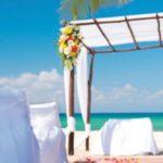 real-brides-ask-thomson-azul-fives-beachfront-wedding-mexico-feat