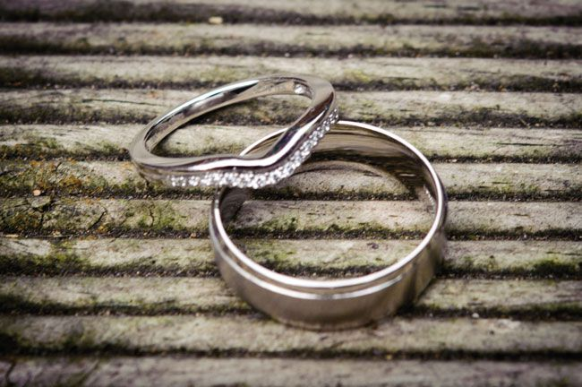 should-both-partners-wear-engagement-rings-we-ask-77-diamonds-ring-diamonds-phweddings.co.uk