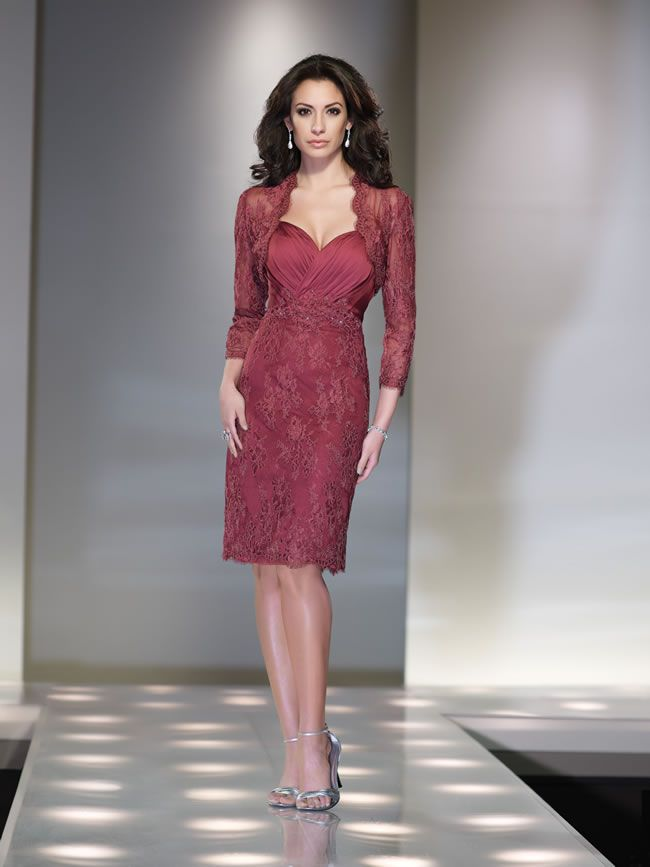 social-occasions-by-mon-cheri-is-perfect-for-glamorous-mums-214832_008