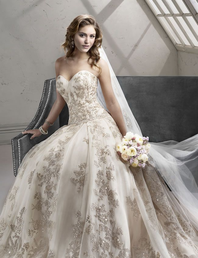 Sottero and Midgley 2014 Collection, Garland