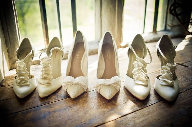 Wedding heel mistakes © Jake Morley Photography