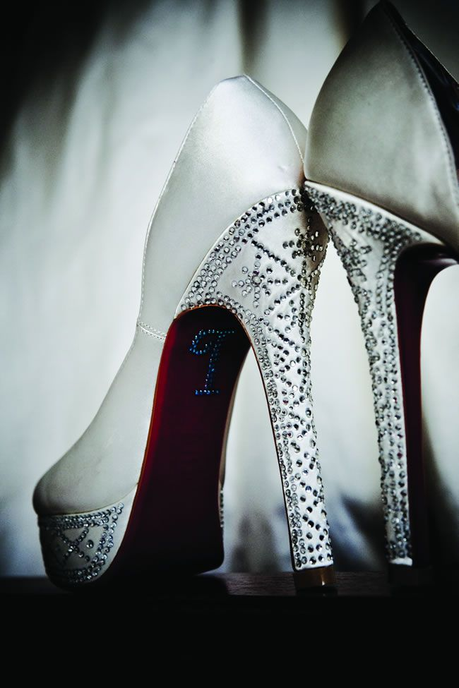Wedding heel mistakes © youngerphotography.com
