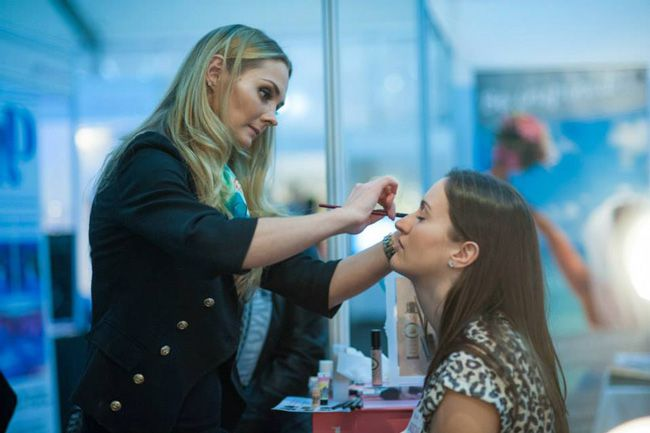 10-unmissable-wedding-ideas-at-bliss-wedding-shows-make-up