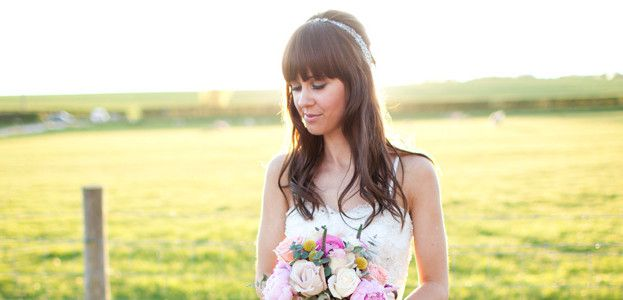 10-ways-to-get-the-perfect-country-bride-look-navyblur.co.uk-featured