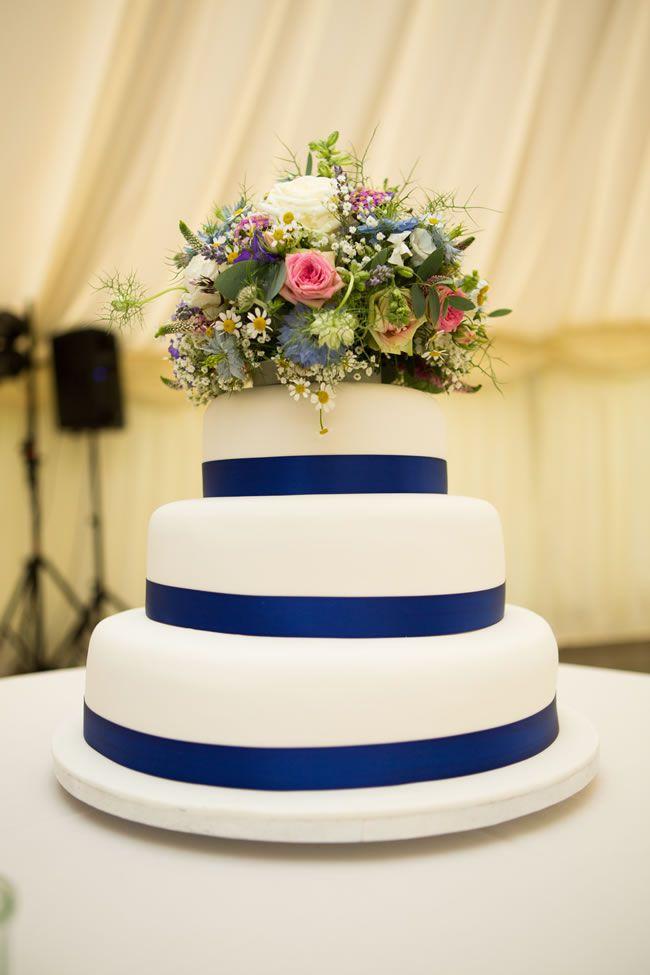 creative-cakes-   lilyandfrank.co.uk   Emily&DaveStuckey_W_497