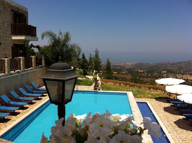 cyprus-honeymoon-Paradisos Hills Hotel pool2