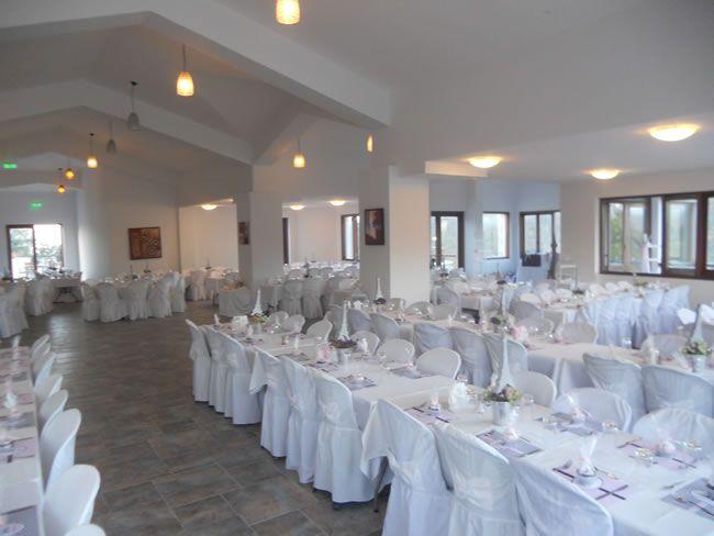 cyprus-honeymoon-Paradisos Hills function room