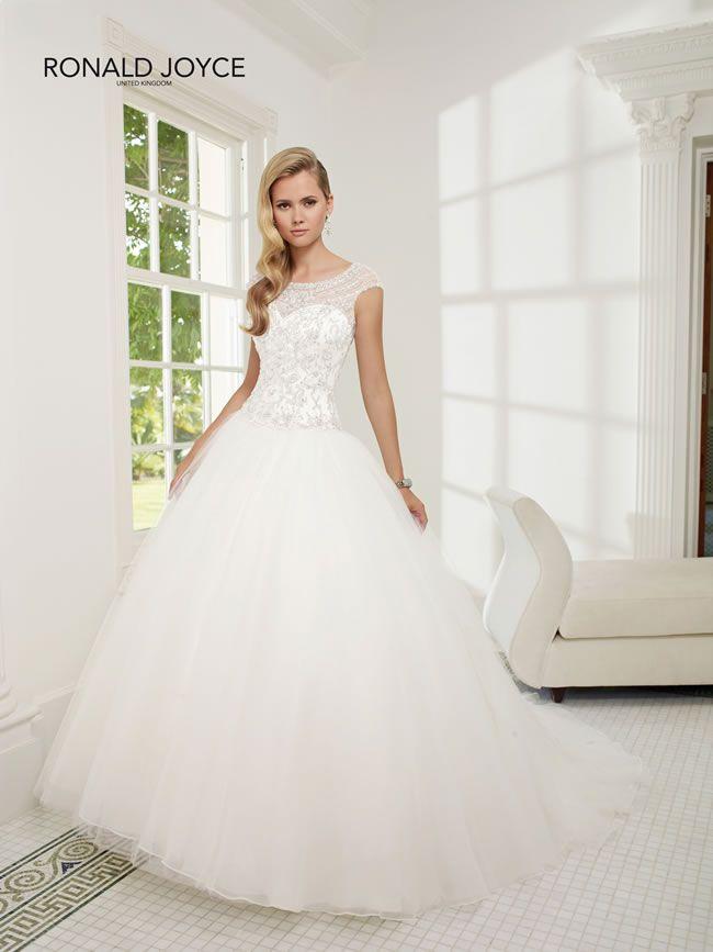 elegant-winter-dresses-ronaldjoyce-68019_015