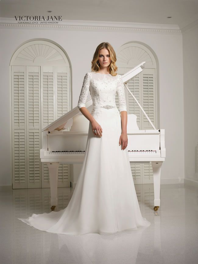 Winter Wedding Dress.15 Elegant Dresses For A Winter Wedding