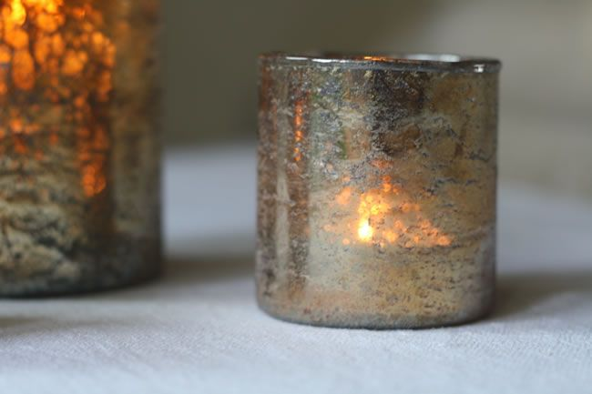 festive-fancies-theweddingofmydreams.co.uk Chunky Bronze Tea Light Holder £6.50 The Wedding of my Dreams (2)