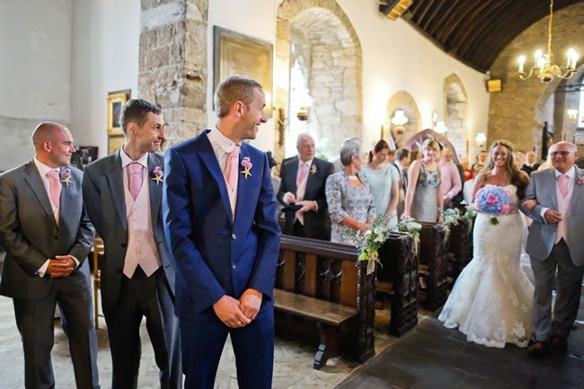 Must-have wedding photography! © staplephotography.co.uk
