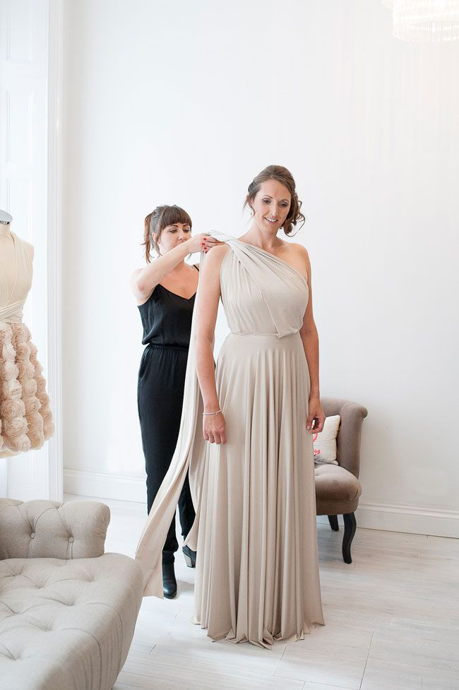 real-bride-amy-and-her-bridesmaids-put-twobirds-bridesmaid-to-the-test-WeddingIdeas_TwoBirds_shoot-0038