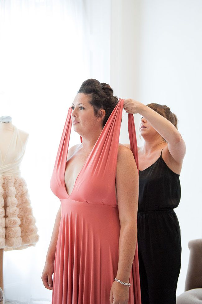 real-bride-amy-and-her-bridesmaids-put-twobirds-bridesmaid-to-the-test-WeddingIdeas_TwoBirds_shoot-0055