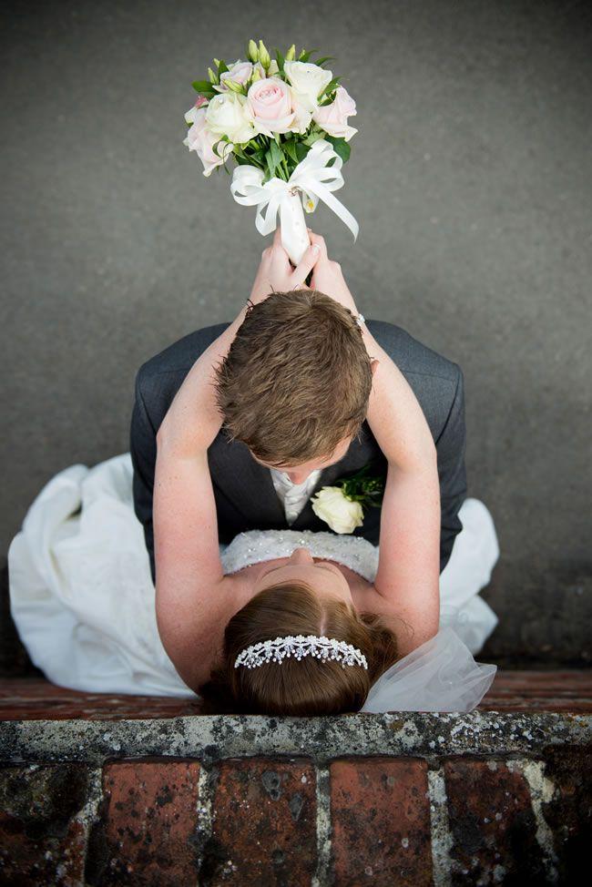 wedding-gateway-budget-tips-The Photographic Lounge - www.essexweddingsupplier.co.uk