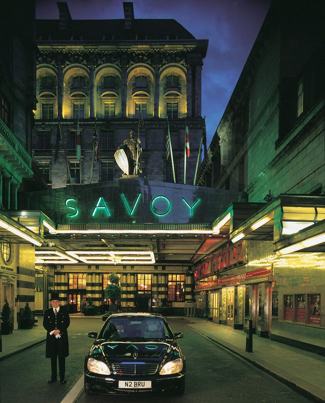 5-reasons-why-london-is-a-hot-hen-night-location-Savoy