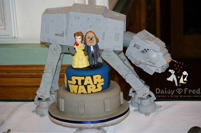 grooms-cake-daisyandfred-Belle &Chewwie