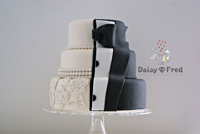 grooms-cake-daisyandfred-Tux