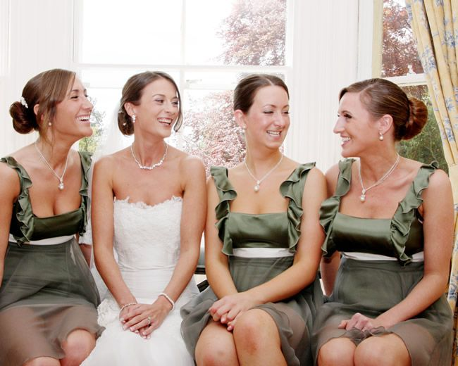 bm-dresses-to-wear-again-inspirephotos.co.uk.Bowman (40)