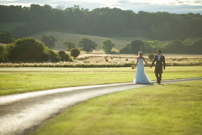 country-house-weddings-advertorial-SA - Couple wandering down driveway
