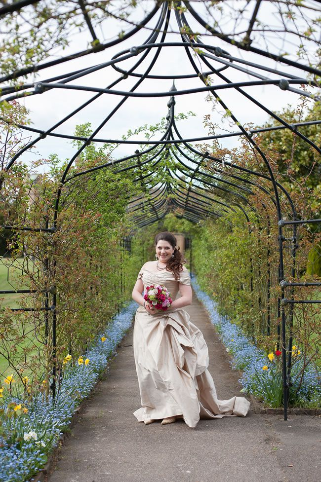 lizzie-tom-fionasweddingphotography.co.uk