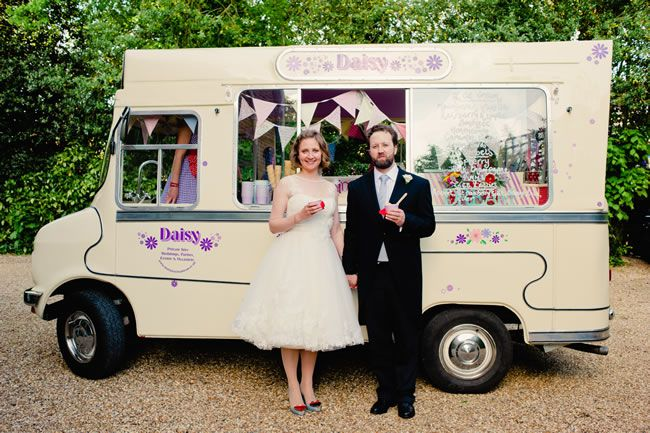 wedding-food-ideas-you-wish-you-thought-of-kerriemitchell.co.uk   2013-06-02 00540