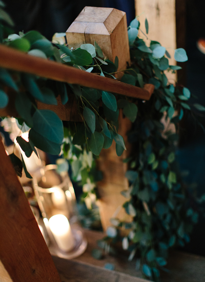 Our real weddings inspire so many brides, hence why we've put together our ultimate favourite rustic reception decorations that you'll love, guaranteed!