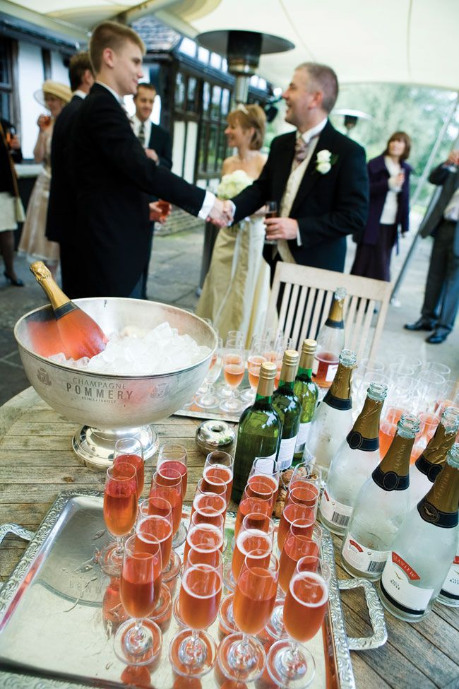 keep-your-wedding-in-budget-with-these-top-tips-craigprentis.co.uk