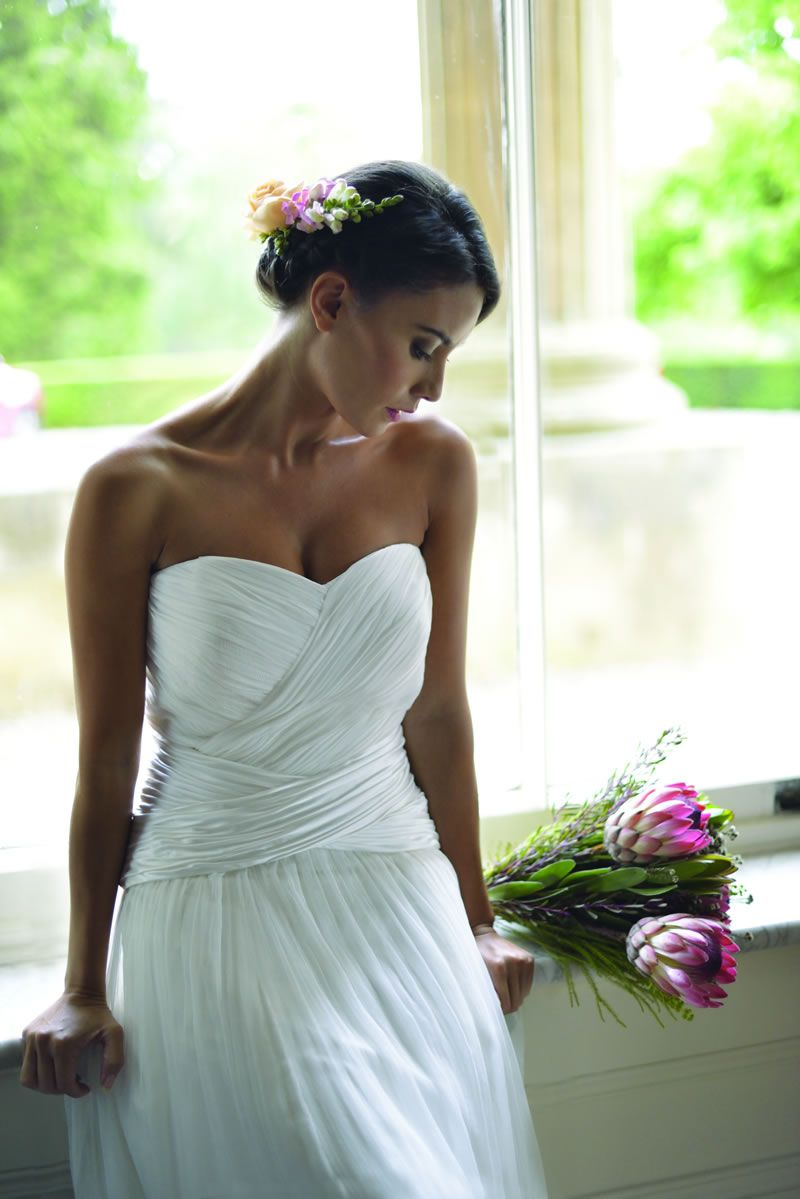 30-best-strapless-dresses-ivoryandcobridal.co.uk Coralie front