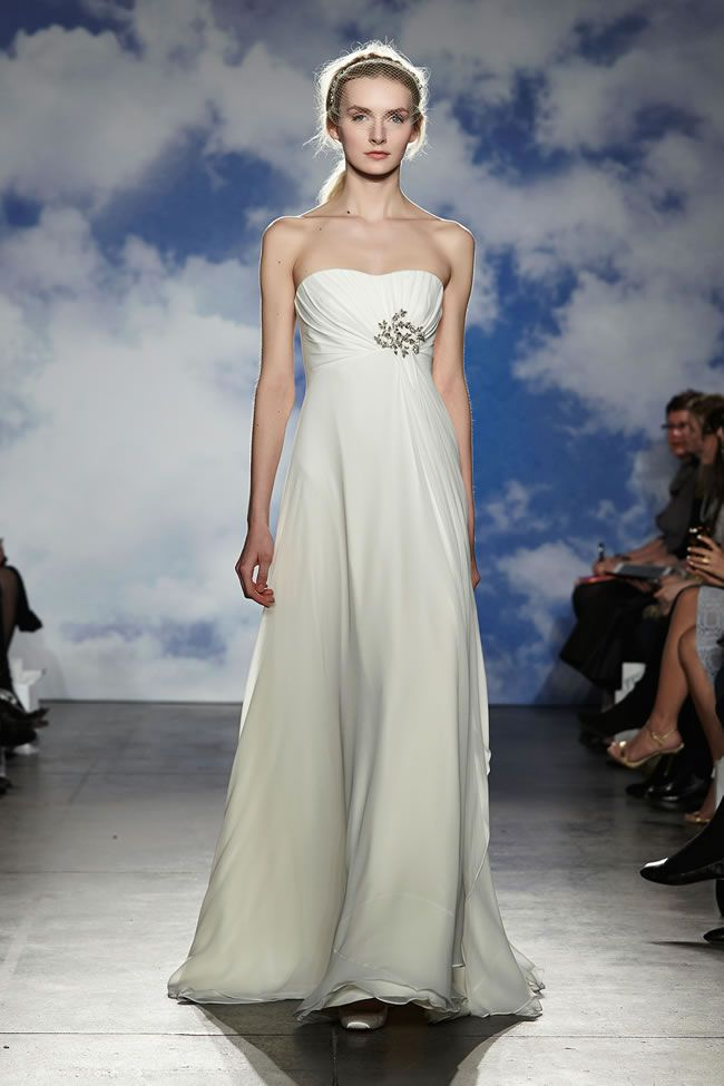 30-best-strapless-dresses-jennypackham.com stunning-goddess-dresses-and-glittering-details-its-jenny-packham-for-2015-Look-15