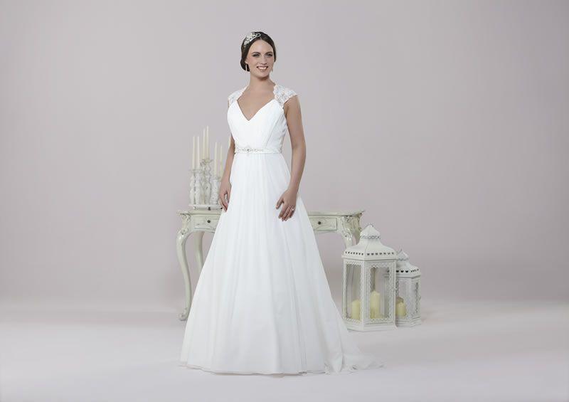 6-best-budget-dresses-alexiadesigns.com D018