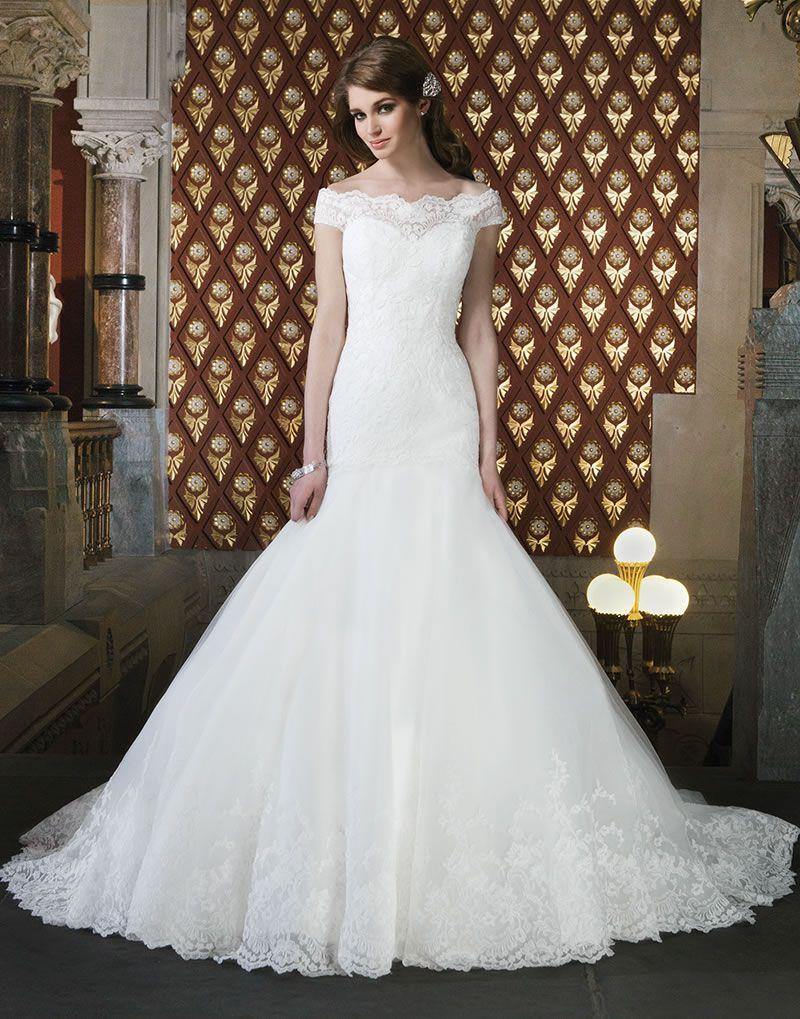 8-elegant-dresses-with-sleeves-justin-alexander-8708