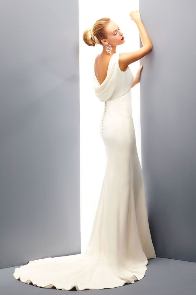 best-contemporary-wedding-dresses-Levezza