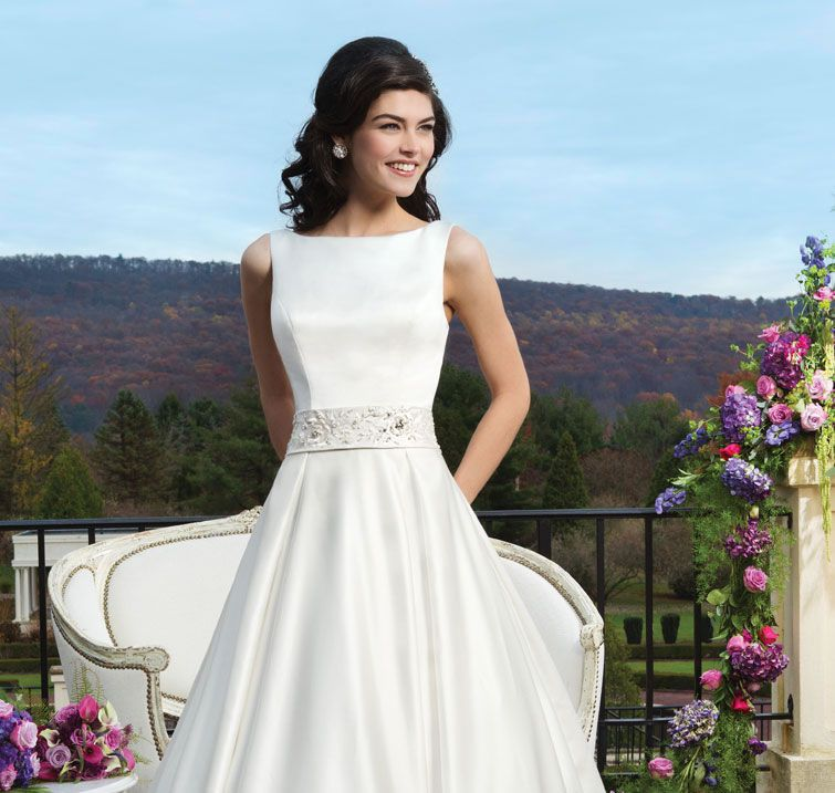 6 of the best contemporary wedding dresses