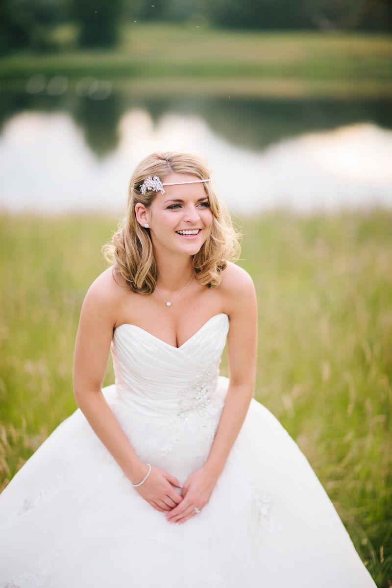 dresses-to-suit-venue-marriageisthebomb.com       portraits_091