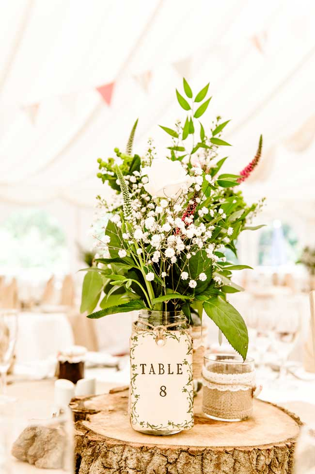 10-of-the-best-new-rustic-wedding-stationery-designs-bigeyephotography.co.uk-Mark-and-Sara's-Wedding-by-Bigeye-Photography-(48-of-472)