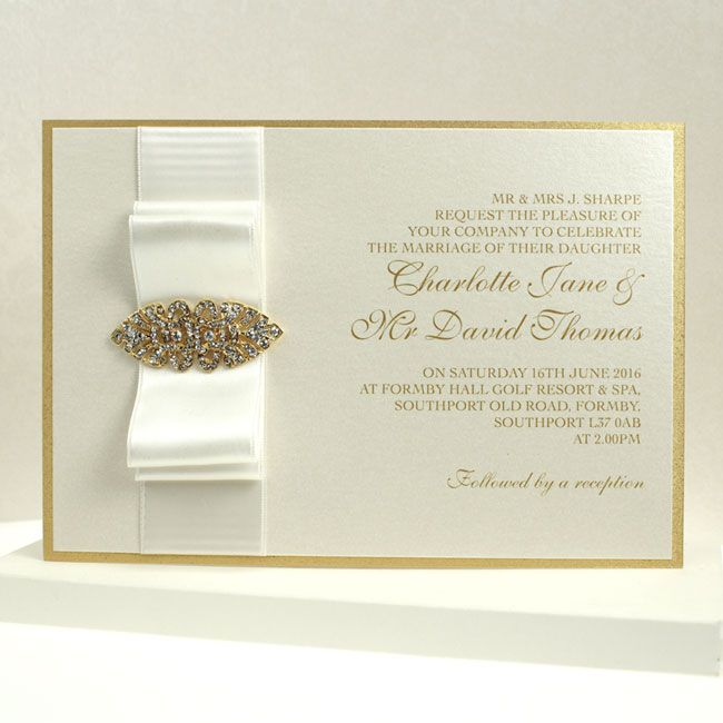 5-of-the-best-new-wedding-stationery-ideas-hm1300-Shimmering-Elegance