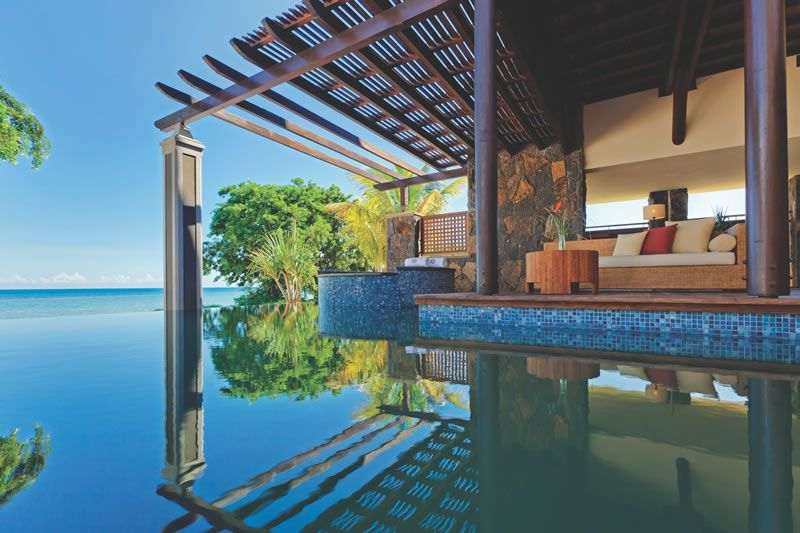 angsana-mauritius-comp-ANMUBL_0511_FH_Angsana_Balaclava_Beach_Pool_Villa_Deck
