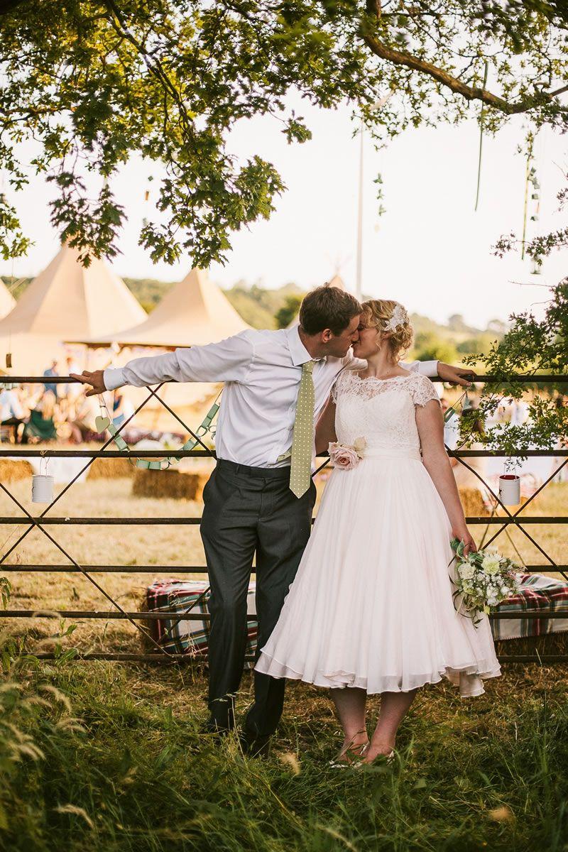 loved-up-photos-cassandralane.co.uk Cassandra Lane_Amy & Harry Wedding-155
