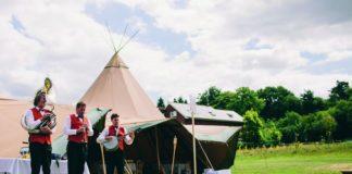pick-right-wedding-entertainment-for-venue-chrisfishleighphotography.com Hollie & Matt-256