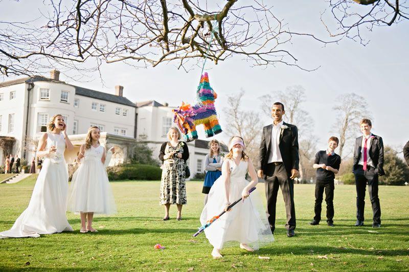 pick-right-wedding-entertainment-for-venue- dominiquebader.com EH-0308