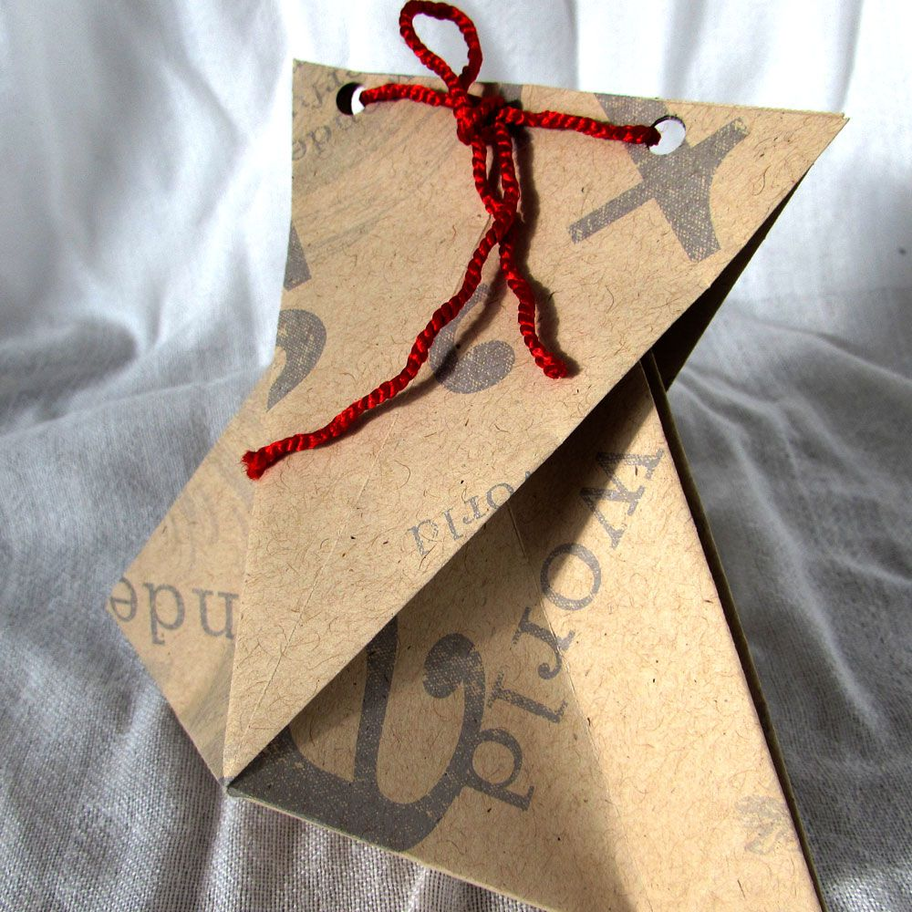sensational-ways-to-say-thank-you-002 The-Origami-Boutique-favour-box