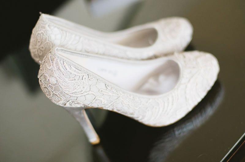 wedding-shoe-disaster-taylorbarnesphotography.co.uk  Clarke Clifton Club Bristol-66