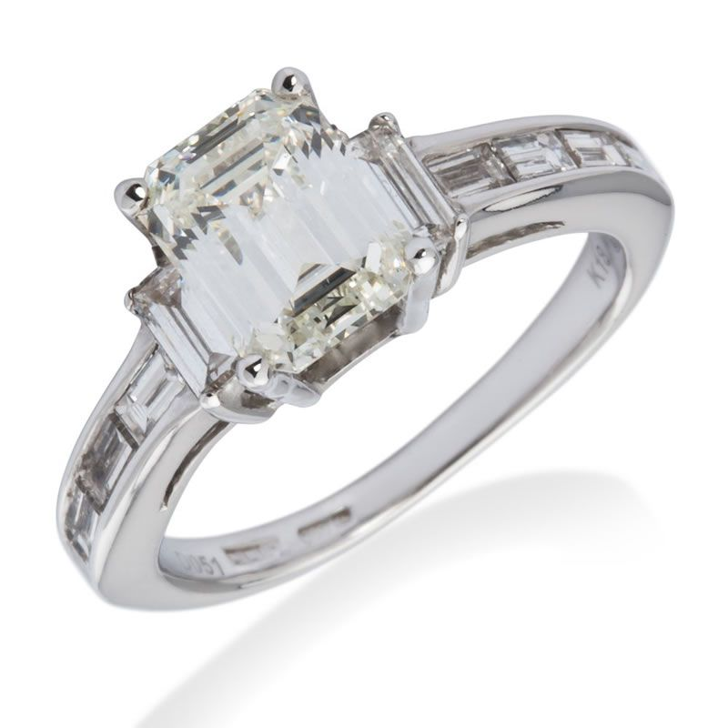 william-may-women-proposing-18ct-emerald-cut-diamond-solitaire-ring-2-15-carat-p301-1245_zoom