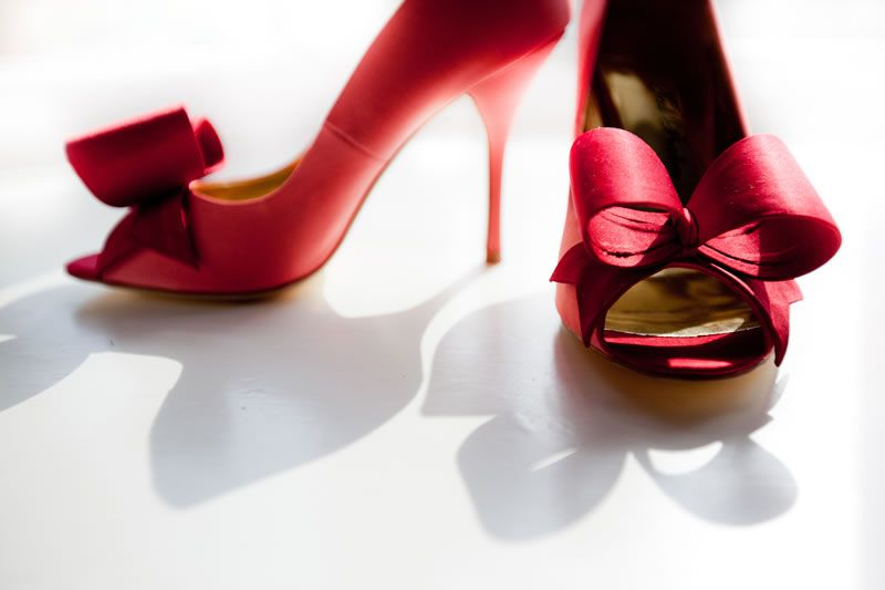 6-mistakes-wedding-shoes-yanaphotography.co.uk   Haigh_0312_video-4
