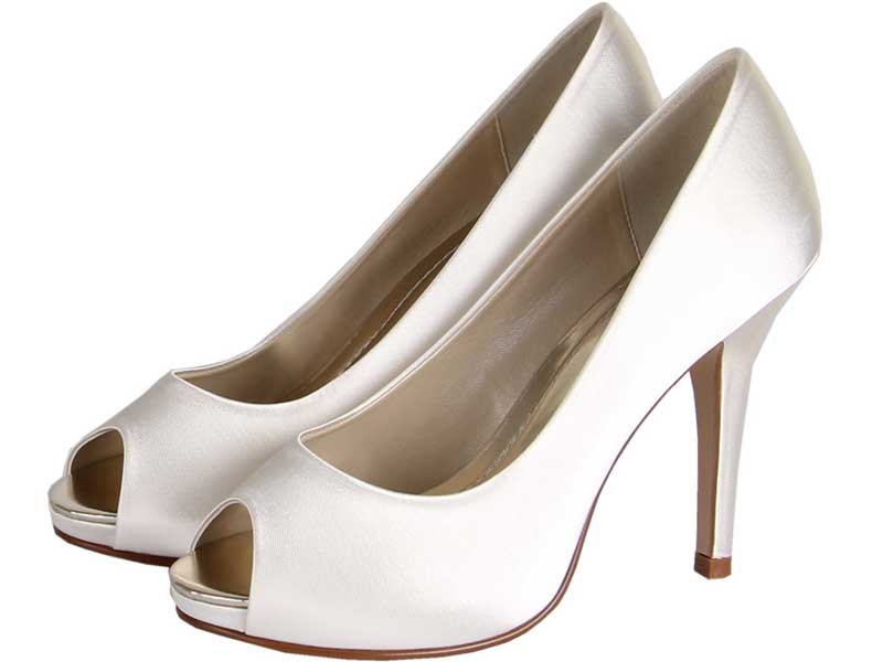 8-of-the-best-new-wedding-shoes-under-75-Jennifer